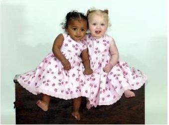 Фото девушек черно белые с татуировкой